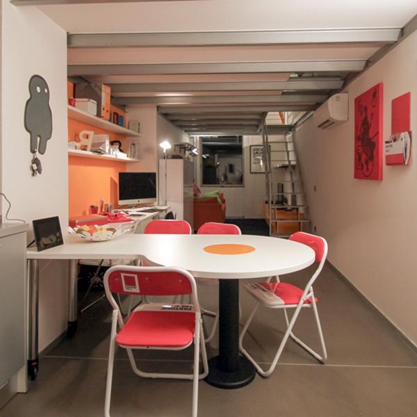 An industrial loft with a pop taste