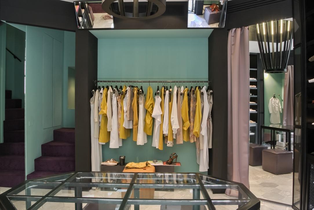 negozio Milano Voulaz 01