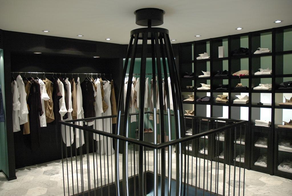 negozio Milano Voulaz piano superiore