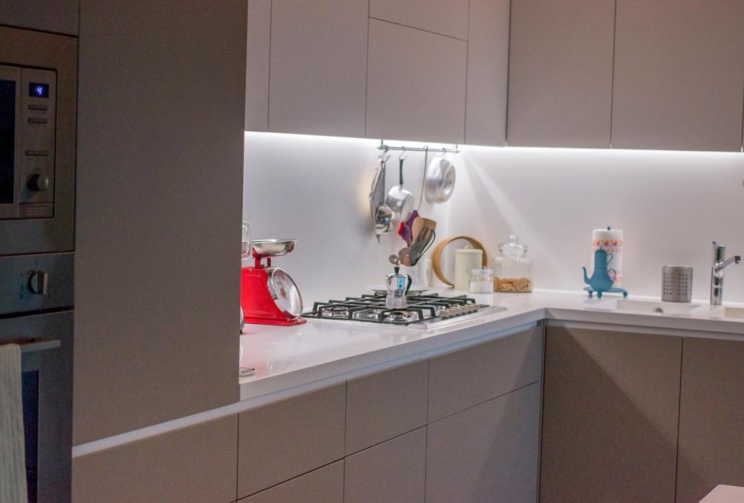 Appartamento Bergamo cucina dettaglio 02