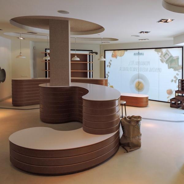 Un coffee corner al centro del Concept Store Lavazza
