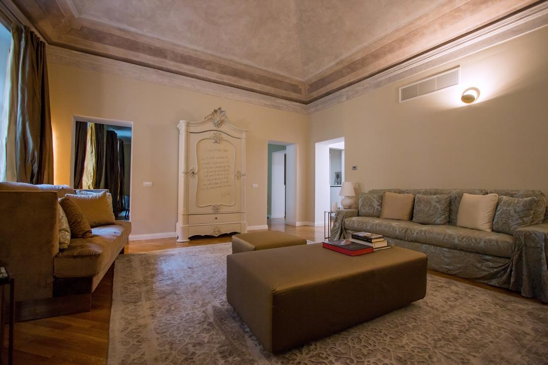 eleganza appartamento Milano soggiorno