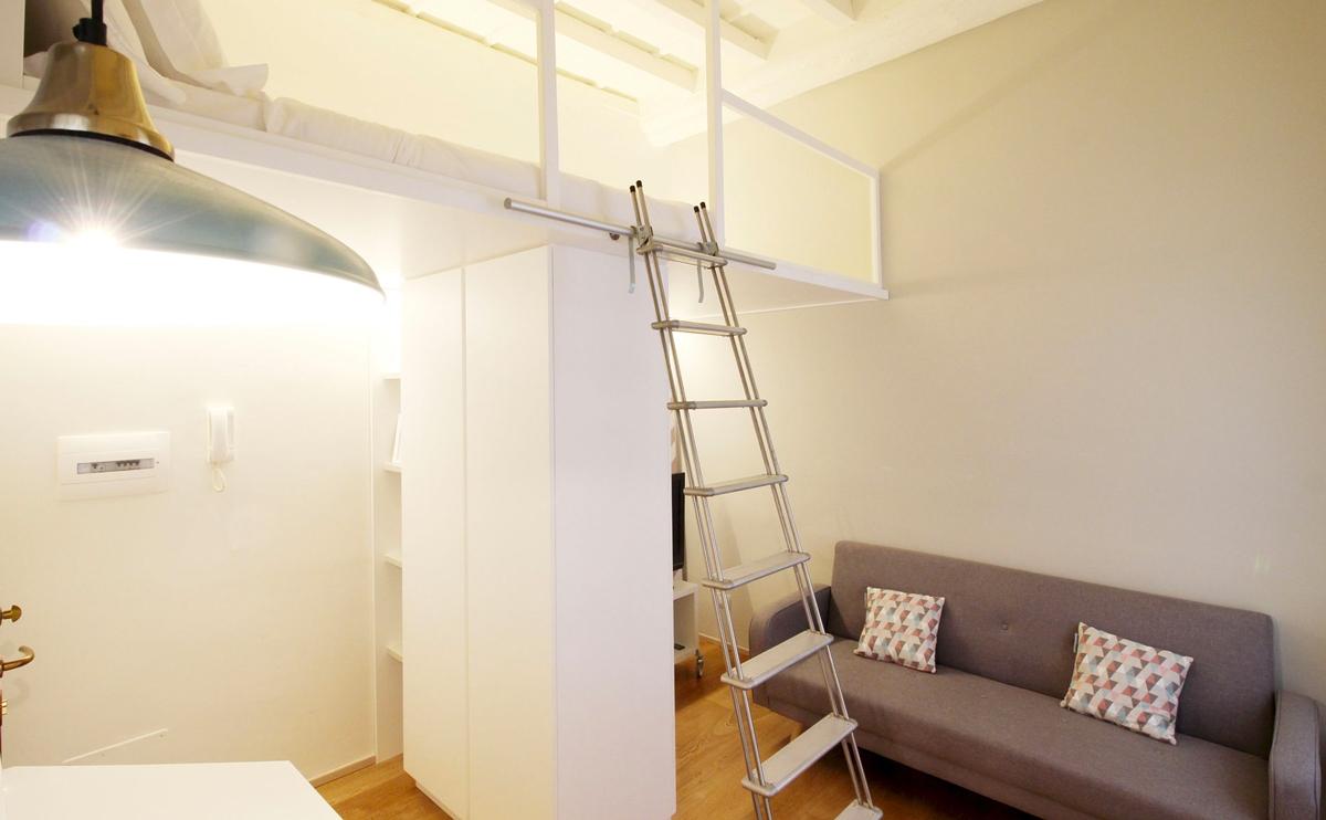 accesso camera da letto scala