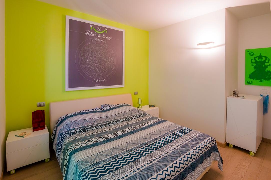 camera da letto vista generale