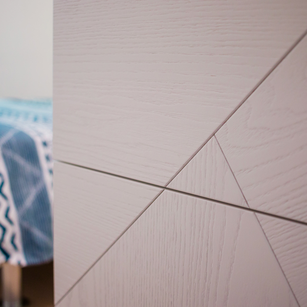 Surfaces from the textures with asymmetric geometries