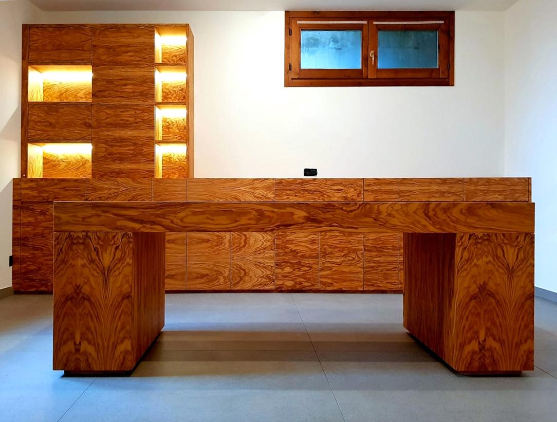 scrivania legno d'ulivo ufficio 01