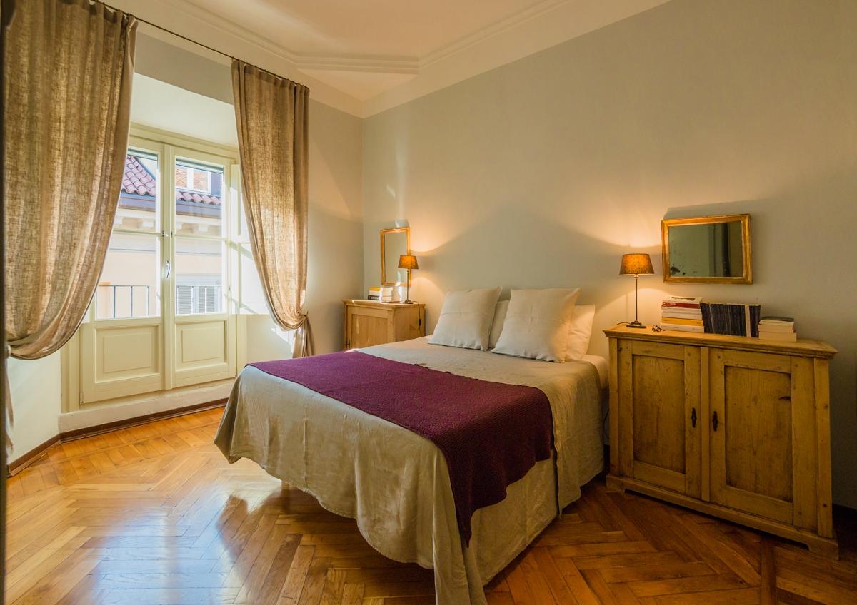 camera letto in stile Parigino letto