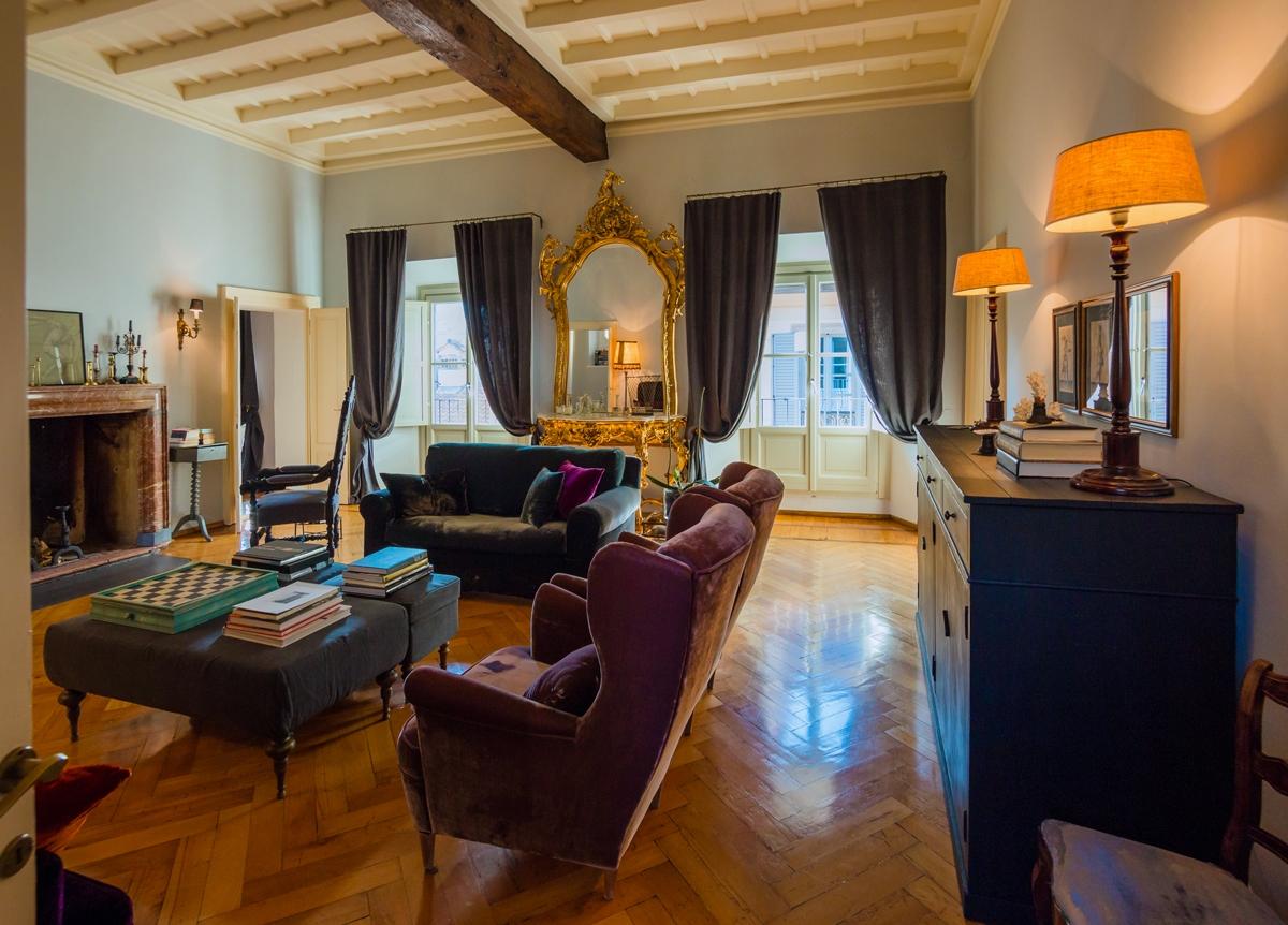 soggiorno in stile Parigino