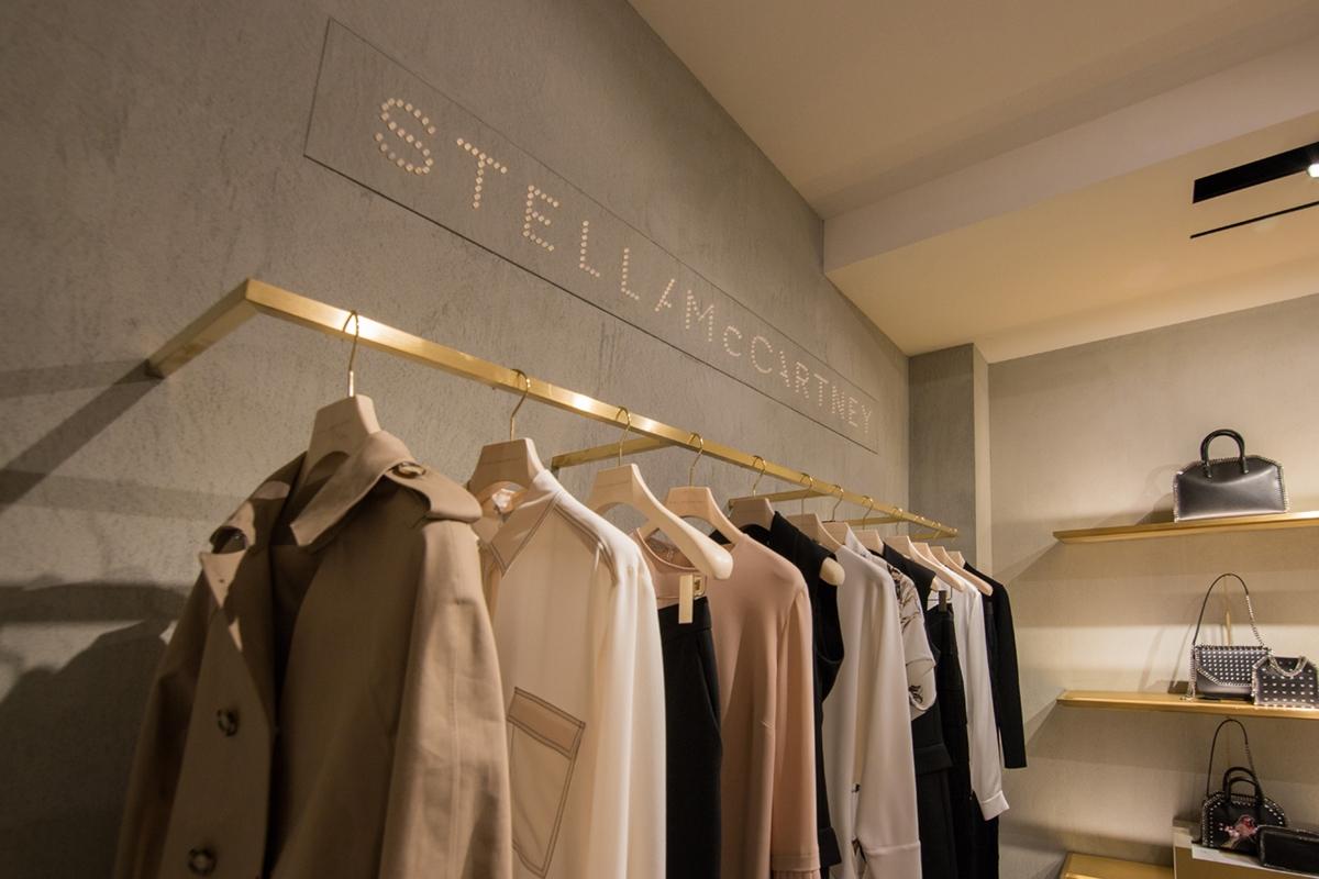 corner Stella zoom 03