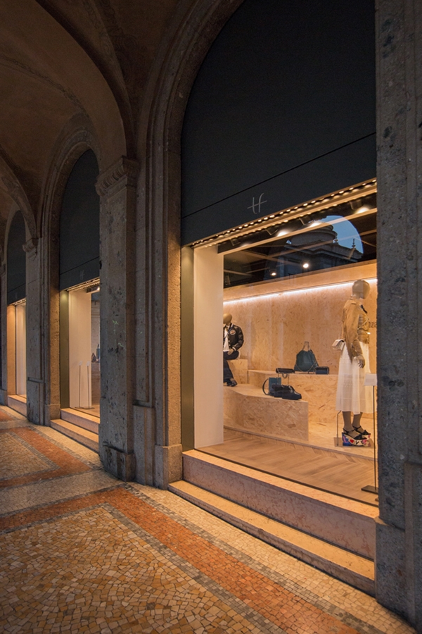 Tiziana Fausti shop windows OSB