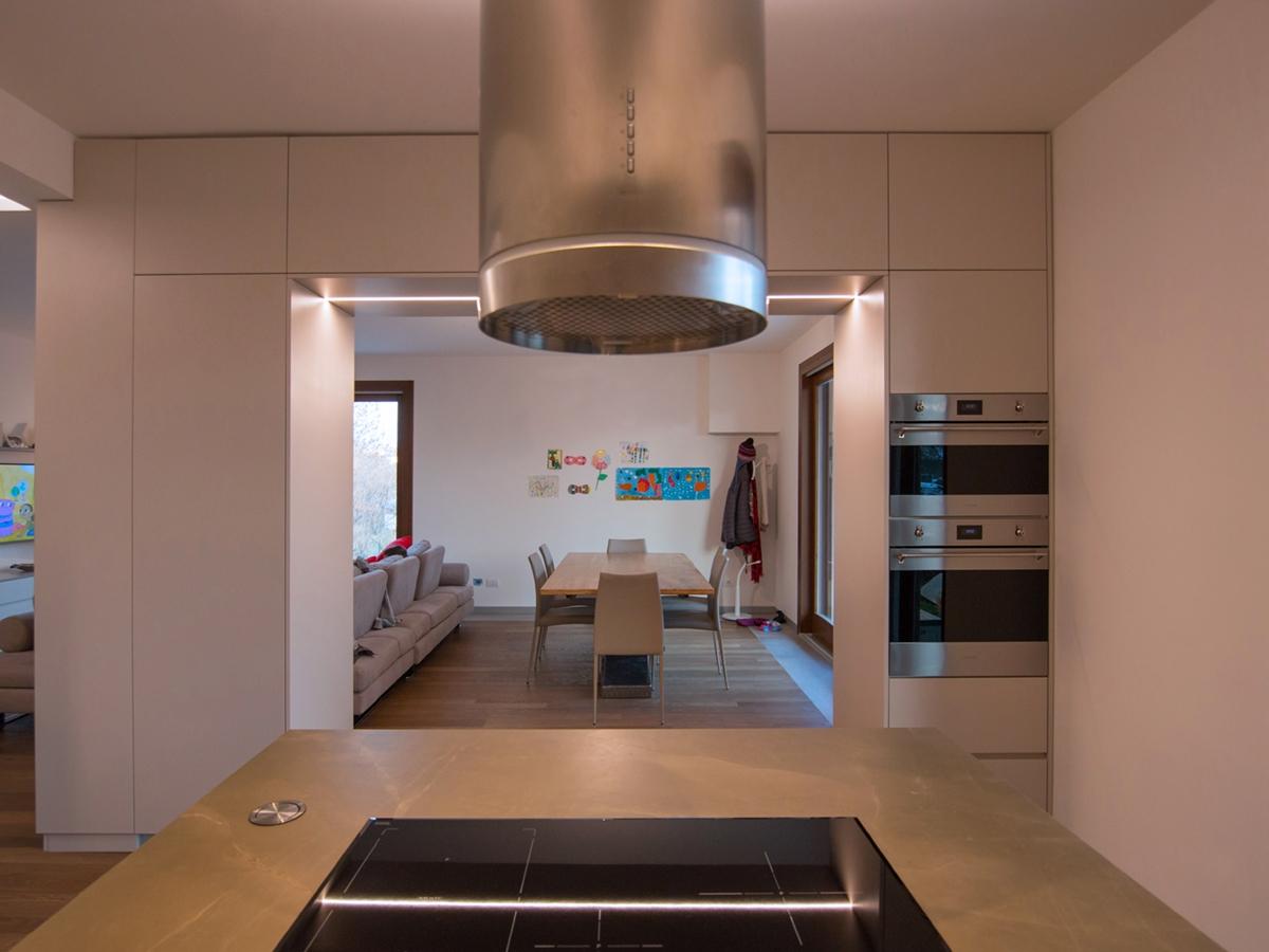 divisorio cucina hi-tech