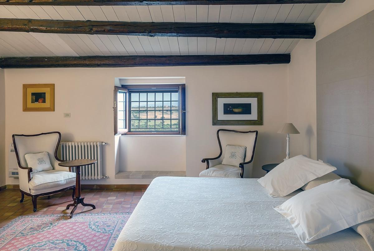 camera matrimoniale villa sicilia lato