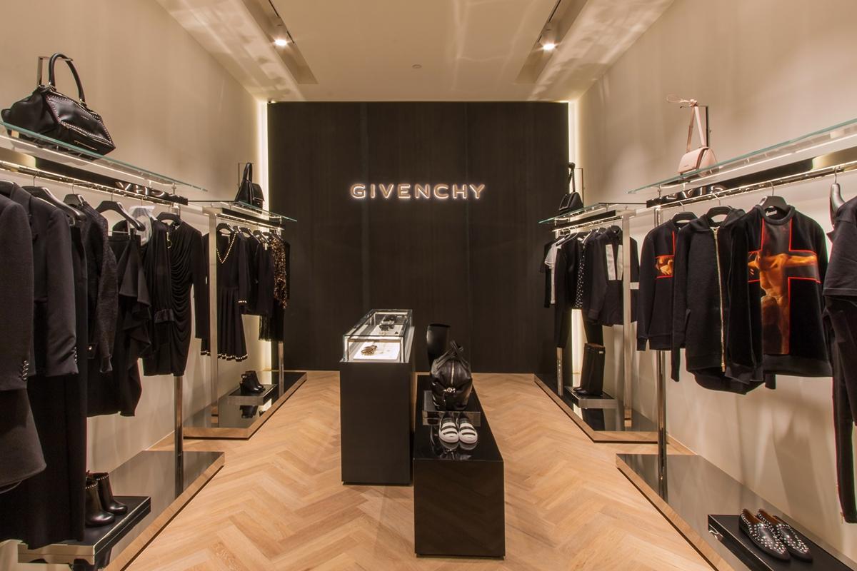 Tiziana Fausti Givenchy