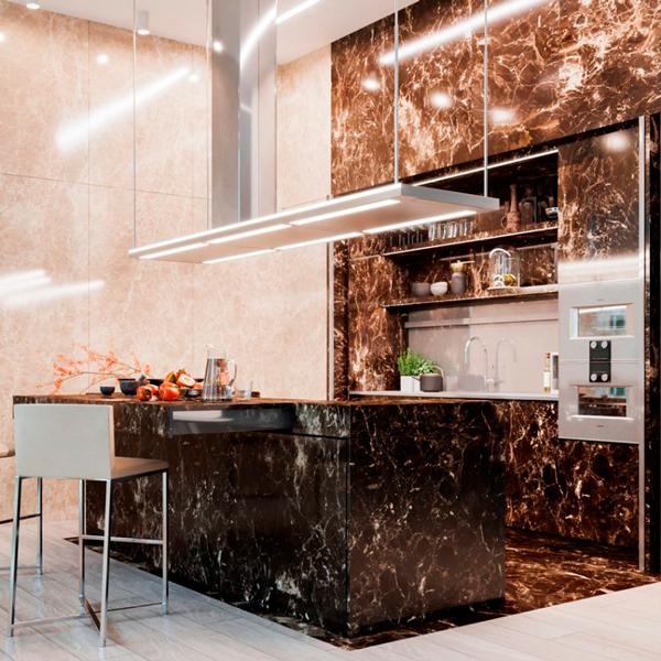 Una cucina in marmo Emperador