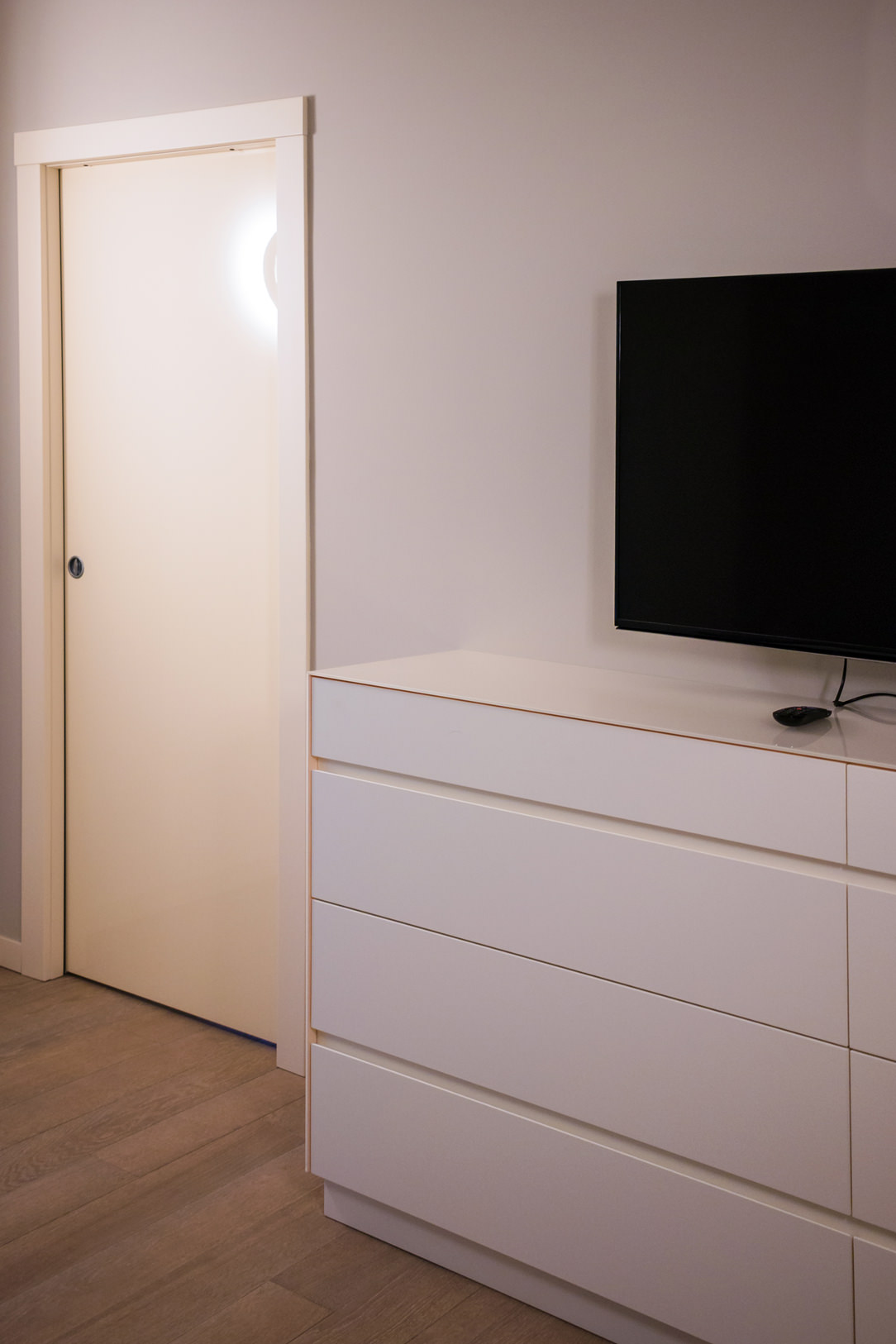 appartamento Bergamo camera cassettiera