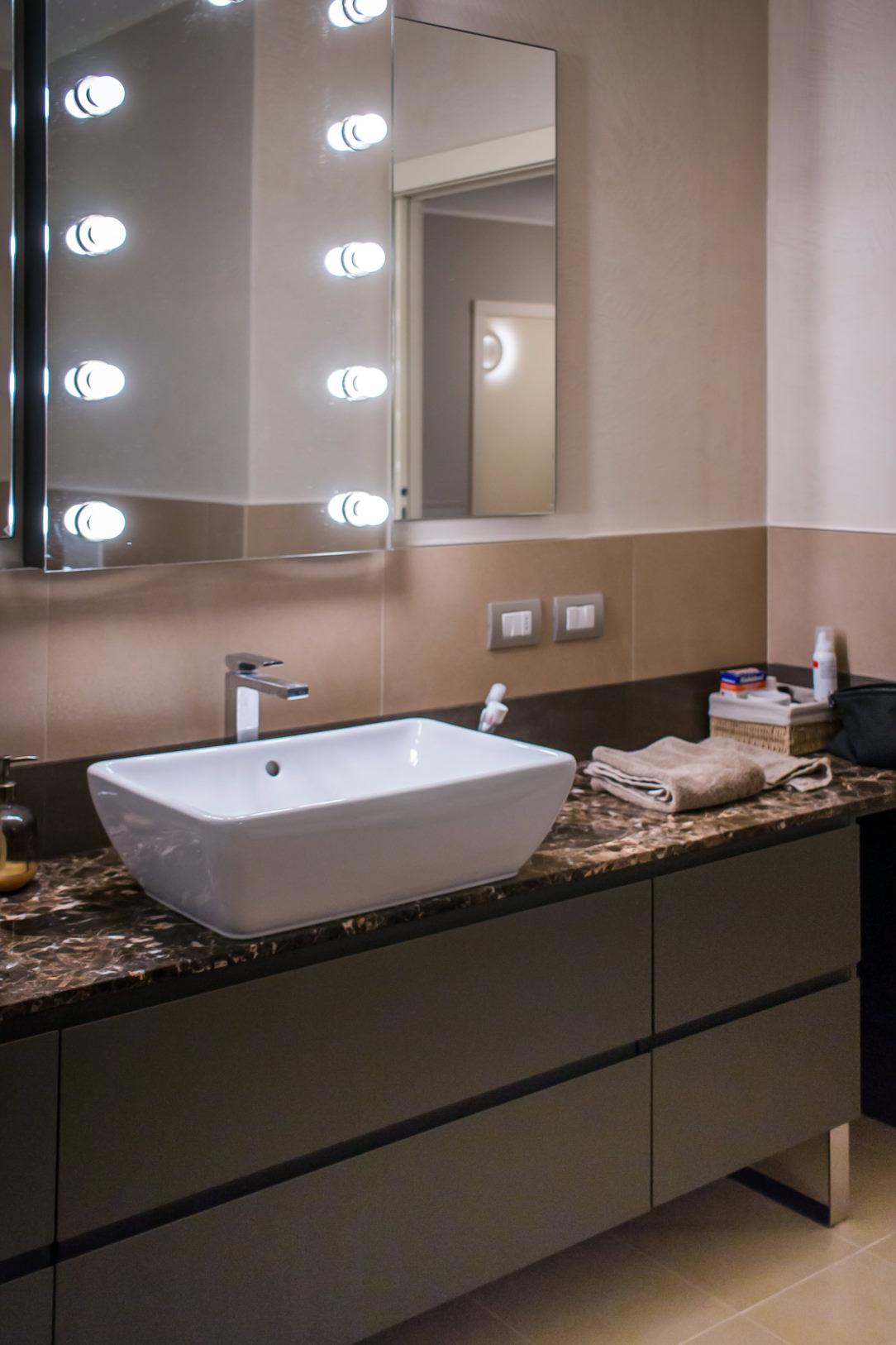 appartamento Bergamo bagno padronale 04