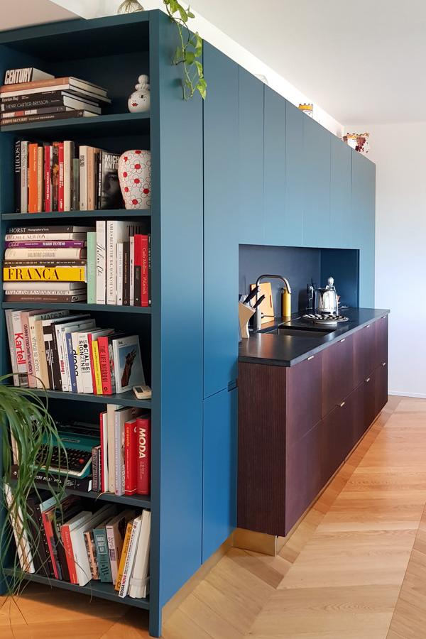 recessed bookcase side abutment
