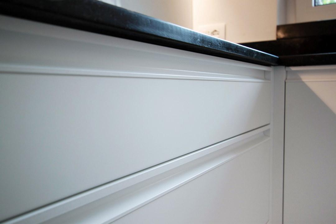 recessed handle drawers detail