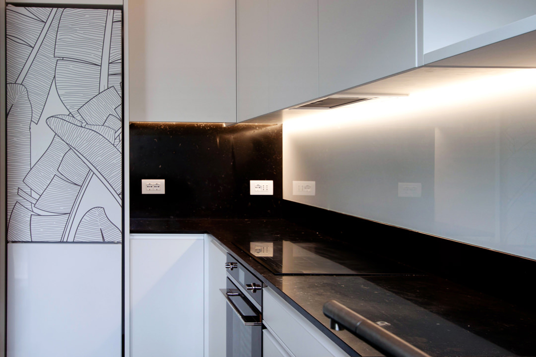 finished product minimal kitchen