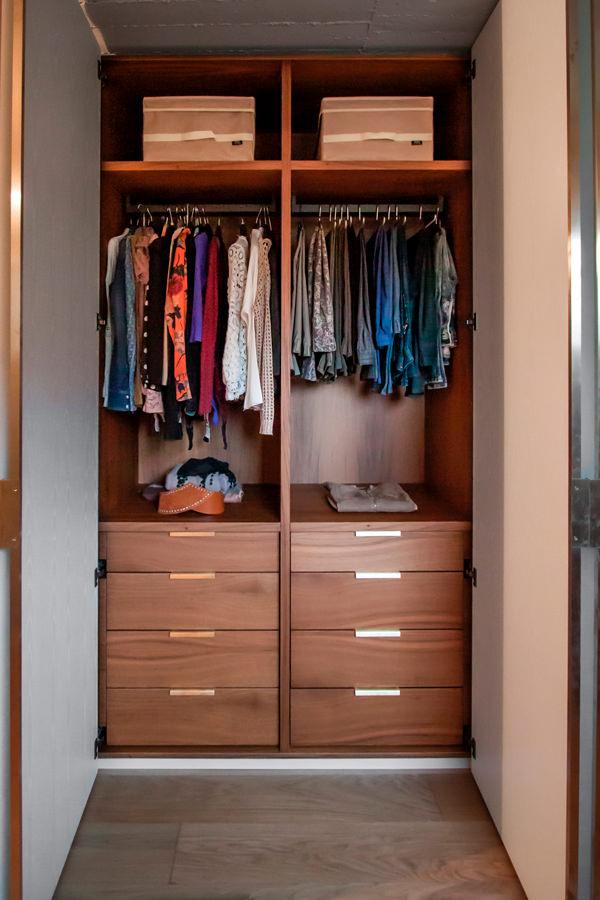 Modulor internal configuration wardrobe drawers