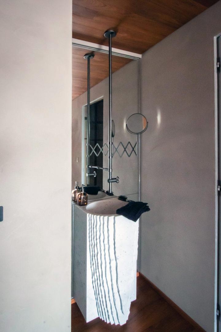 specchio-su-misura-spa-lavabo-arredi-in-serie