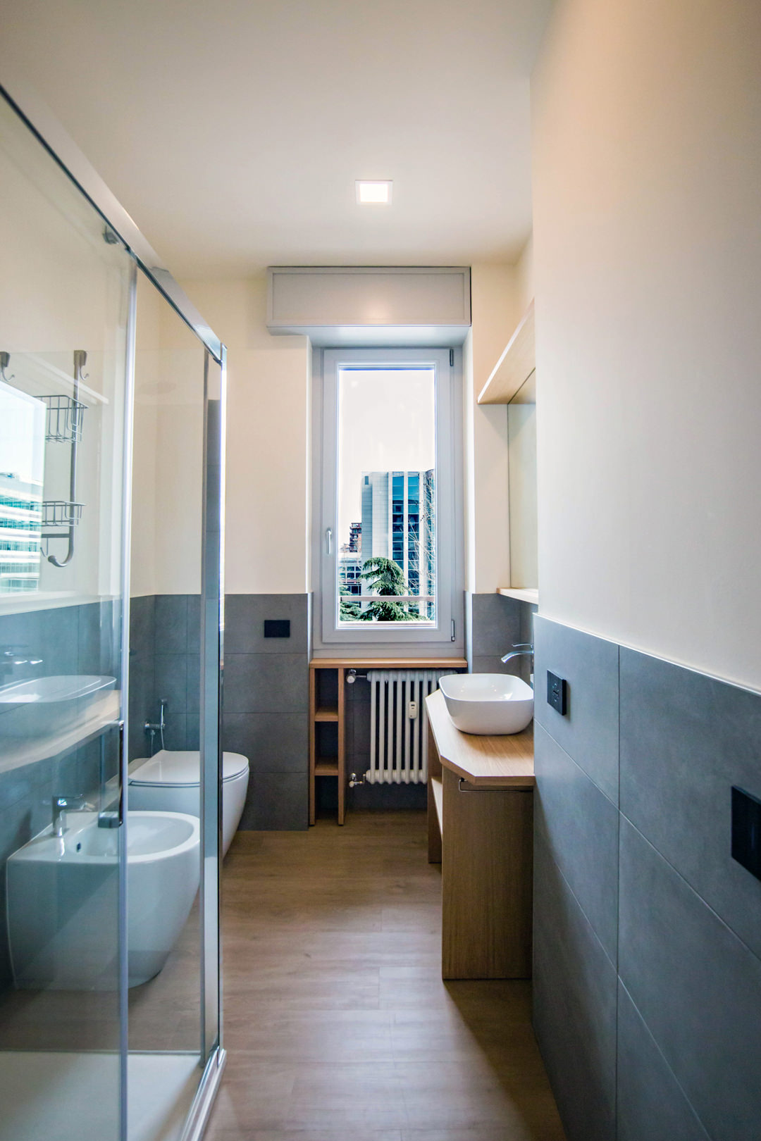 contemporary-bathroom-gray-furniture-to-optimize-spaces
