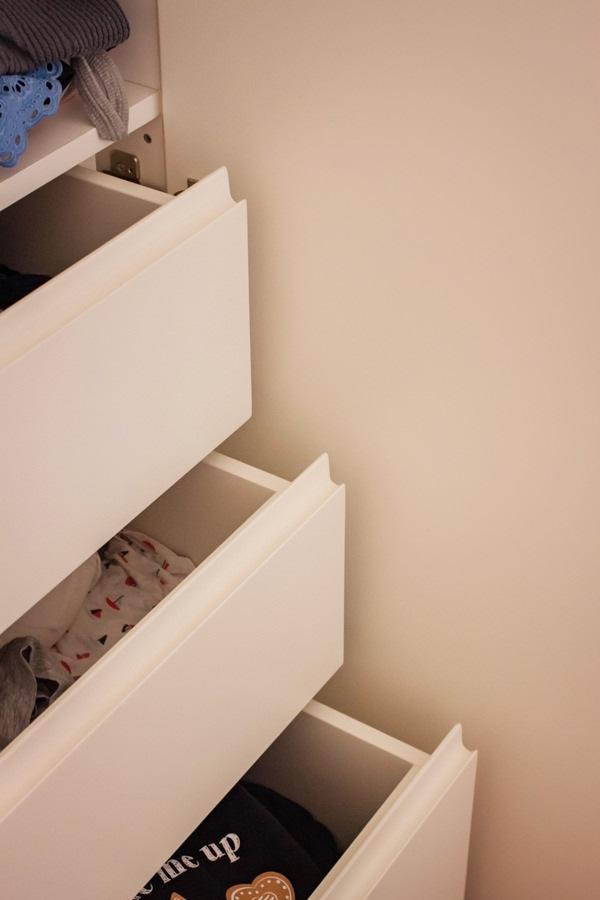cassetti-maniglia-incavo-interno-armadio