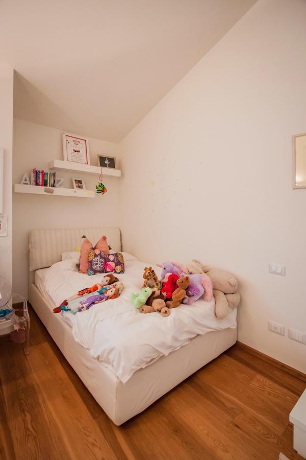 dare-nuova-vita-mobili-nicchia-letto