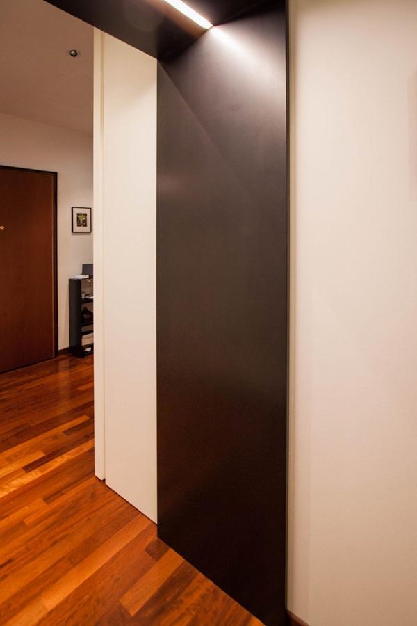 corridoio-portale-passaggio-ferro-cerato-illuminazione