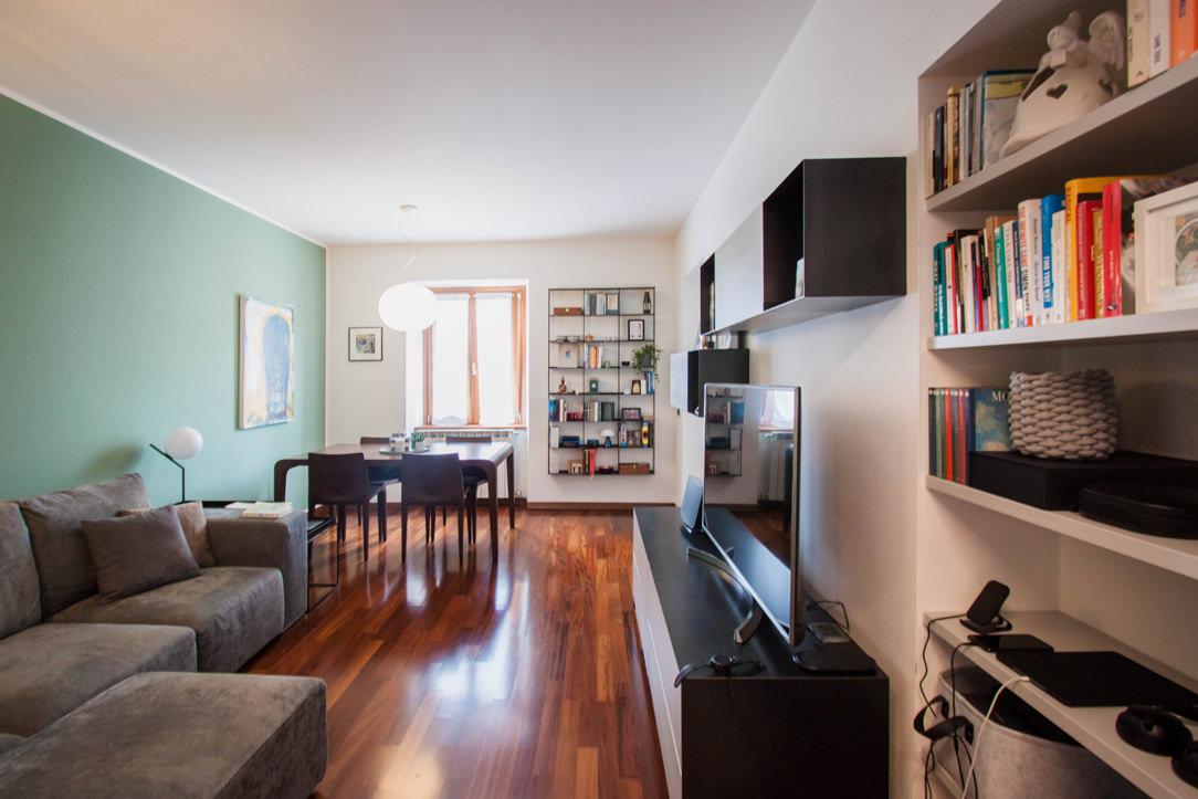 salotto-contemporaneo-mobili-in-ferro-vista-laterale