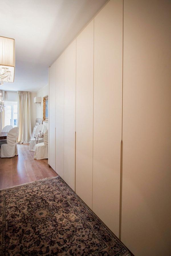 armadio corridoio ingresso maniglie incavo mezza altezza