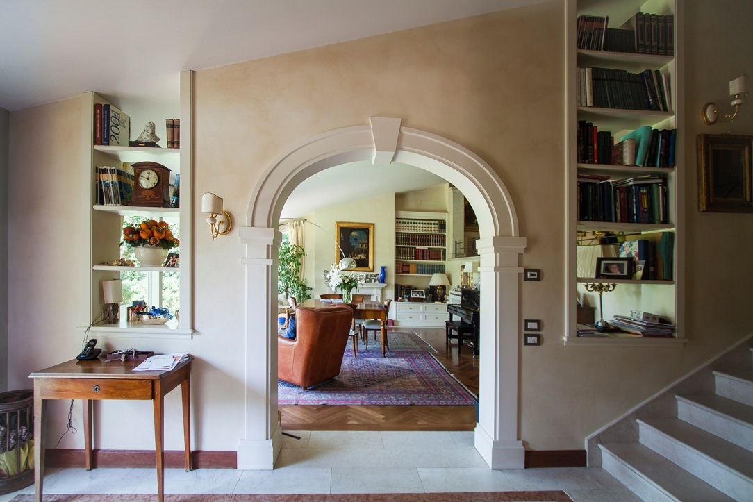 entrance passage with classic arch