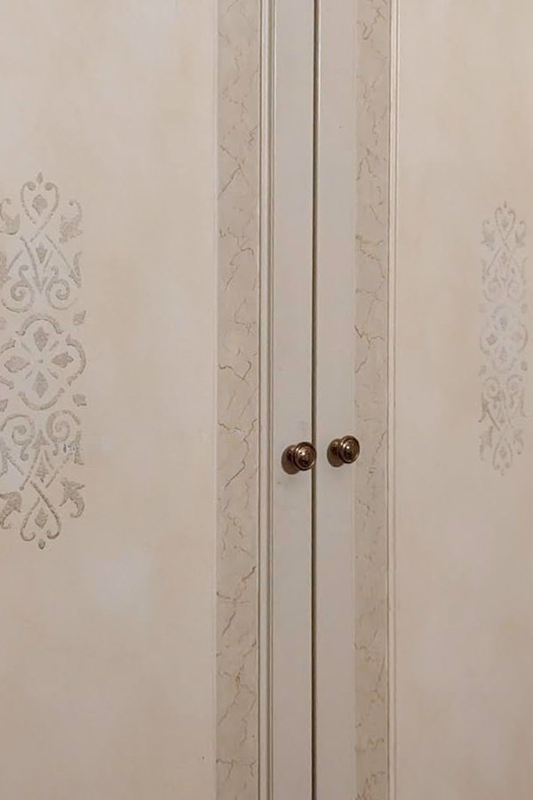 detail decoration doors classic style furniture