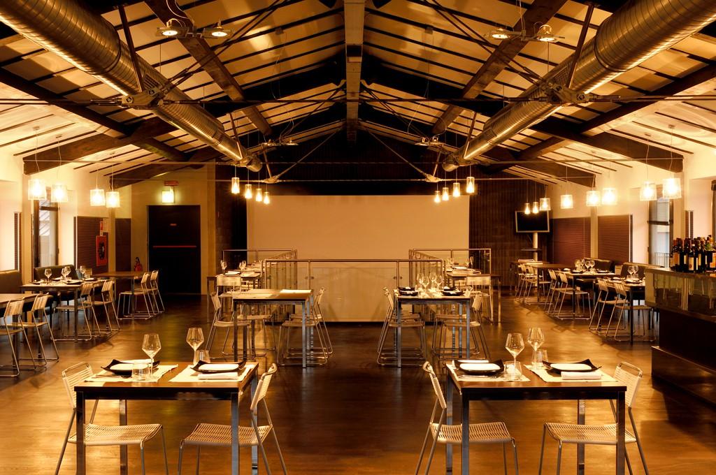 Bar brescia modulor for Arredamenti bar brescia
